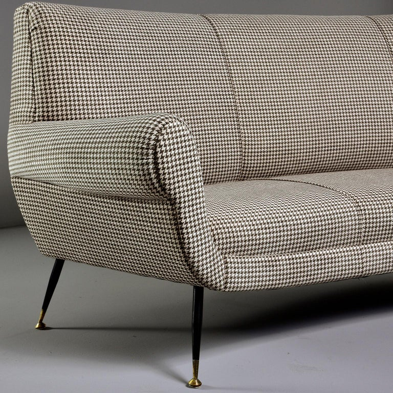 Mid-Century Modern Italian Midcentury Sofa or Settee by Gigi Radice for Minotti For Sale