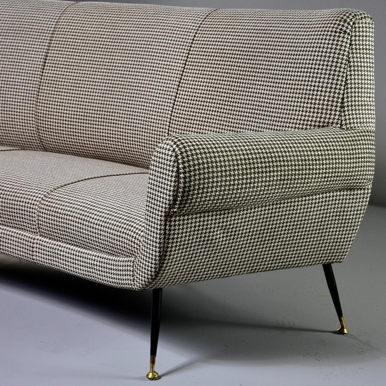 Italian Midcentury Sofa or Settee by Gigi Radice for Minotti For Sale 2