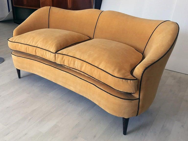 Italian Mid-Century Sofa Two-Seat in Yellow Velvet, 1950s 2
