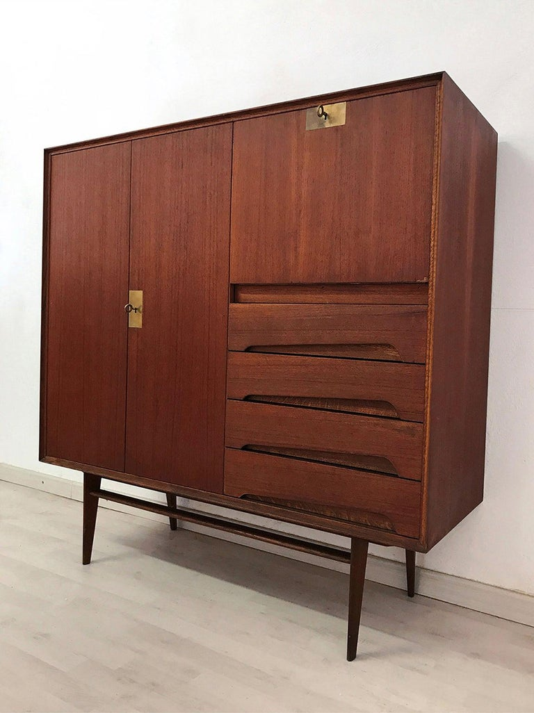 Italian Mid-Century Teak Wood Sideboard with Secretaire by Vittorio Dassi, 1950s For Sale 12