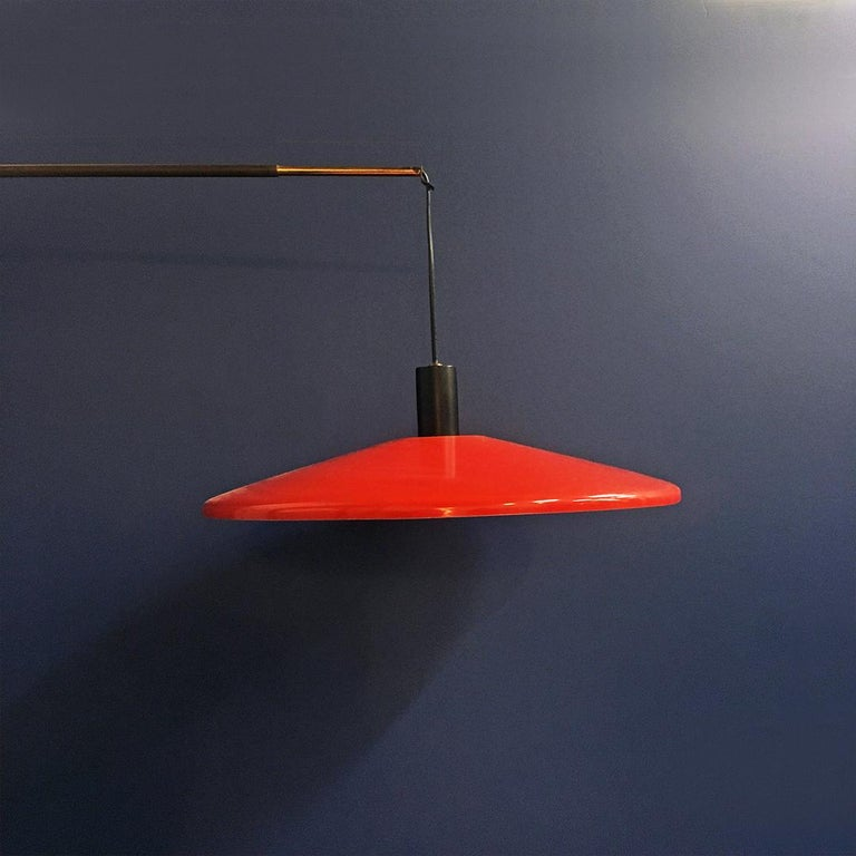 Italian Midcentury Telescopic Wall Lamp Stilnovo in Solid Wood and Metal, 1950s In Good Condition For Sale In MIlano, IT