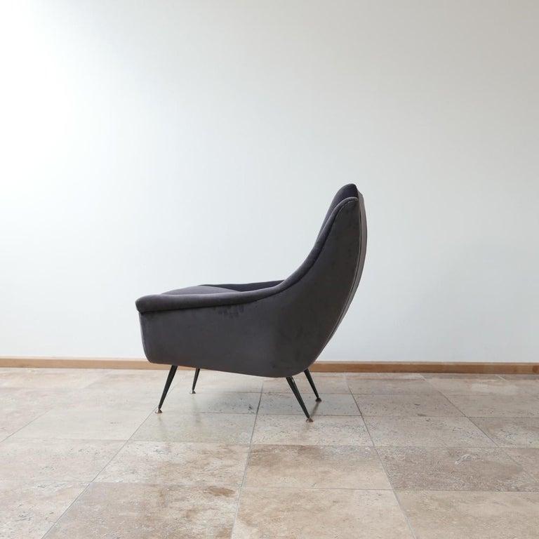 Italian Midcentury Velvet Armchairs For Sale 5