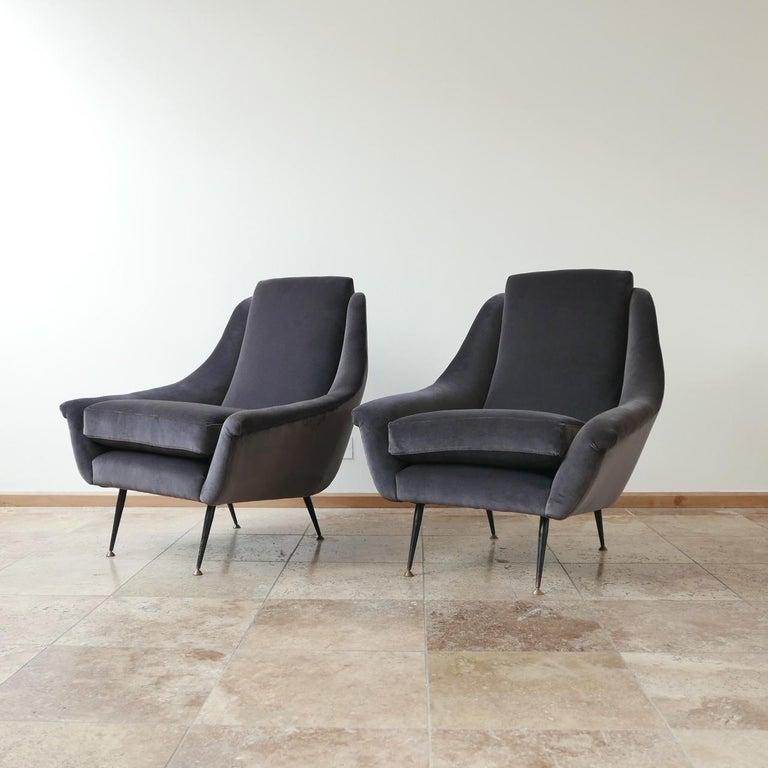 Italian Midcentury Velvet Armchairs For Sale 6