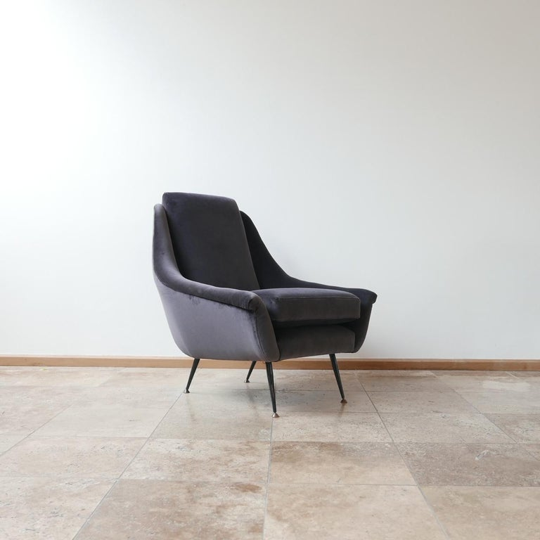 Italian Midcentury Velvet Armchairs For Sale 2