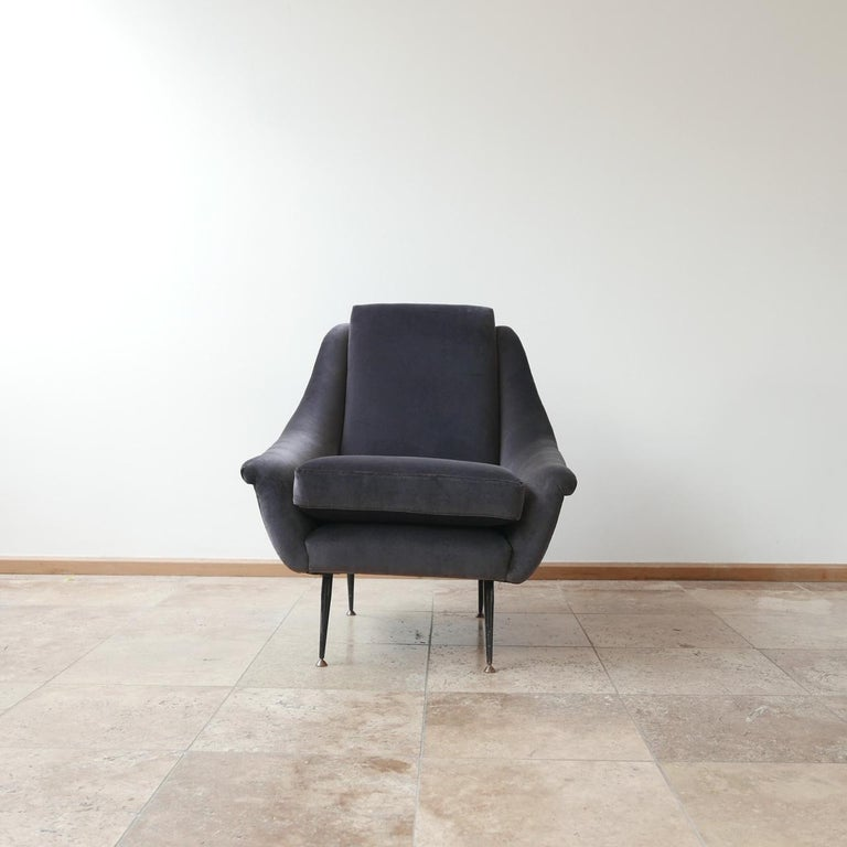 Italian Midcentury Velvet Armchairs For Sale 3