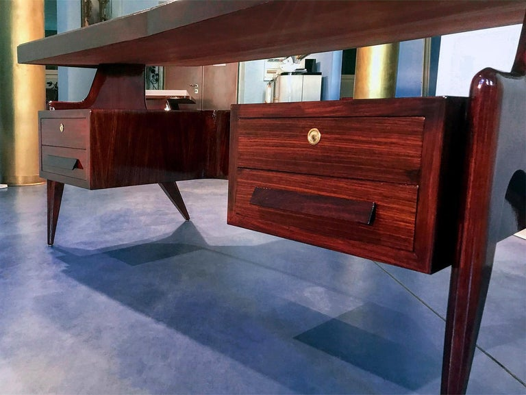 Mid-20th Century Italian Midcentury Walnut Executive Desk by Vittorio Dassi, 1950s For Sale