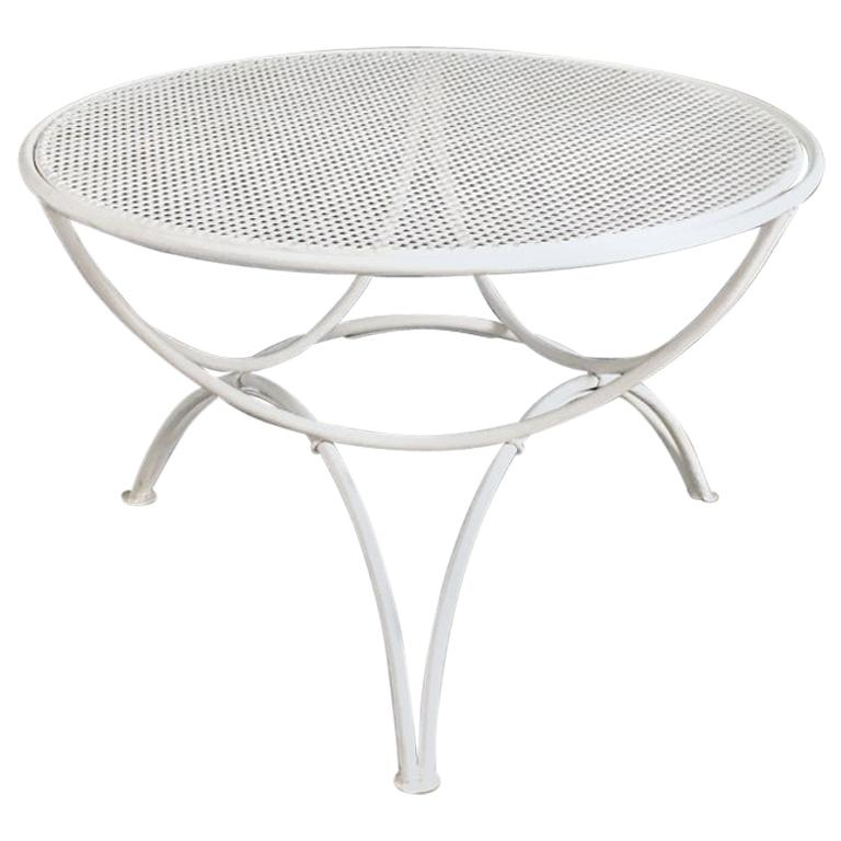 Italian Midcentury White Metal Outdoor, Round Metal Outdoor Coffee Table Canada