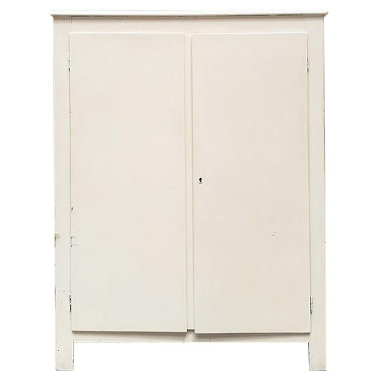 Italian Midcentury White Wood Cabinet with Three Shelves, 1940s For Sale