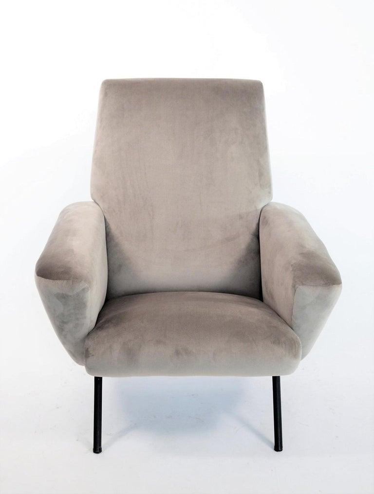 Italian Midcentury Armchair in Grey Soft Velvet by Rossi di Albizzate, 1960s 1