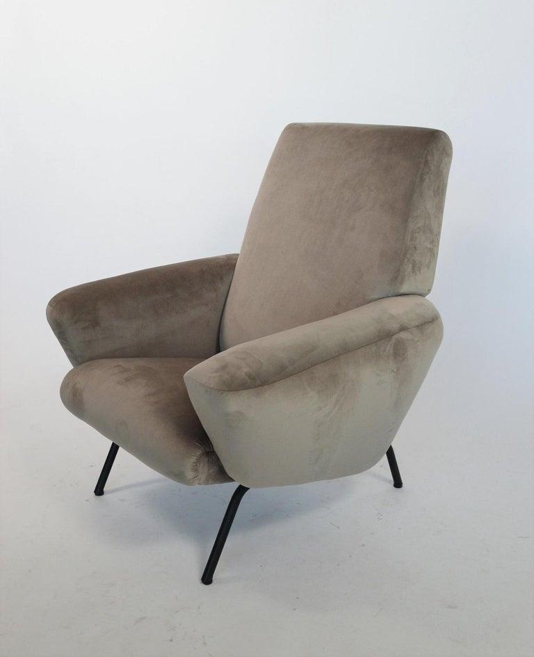 Italian Midcentury Armchair in Grey Soft Velvet by Rossi di Albizzate, 1960s 3