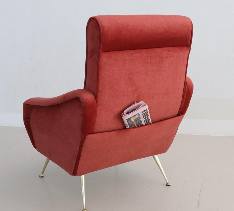 Mid-20th Century Italian Midcentury Armchair in Lobster Color Velvet and Brass Legs, 1950s For Sale