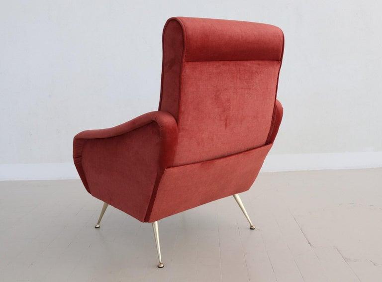 Italian Midcentury Armchair in Lobster Color Velvet and Brass Legs, 1950s For Sale 2