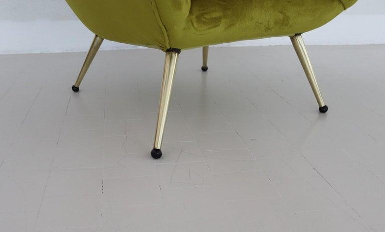Italian Midcentury Armchair in Velvet and Brass, 1950s For Sale 4