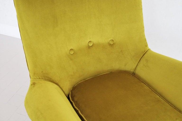 Italian Midcentury Armchair in Velvet and Brass, 1950s For Sale 5