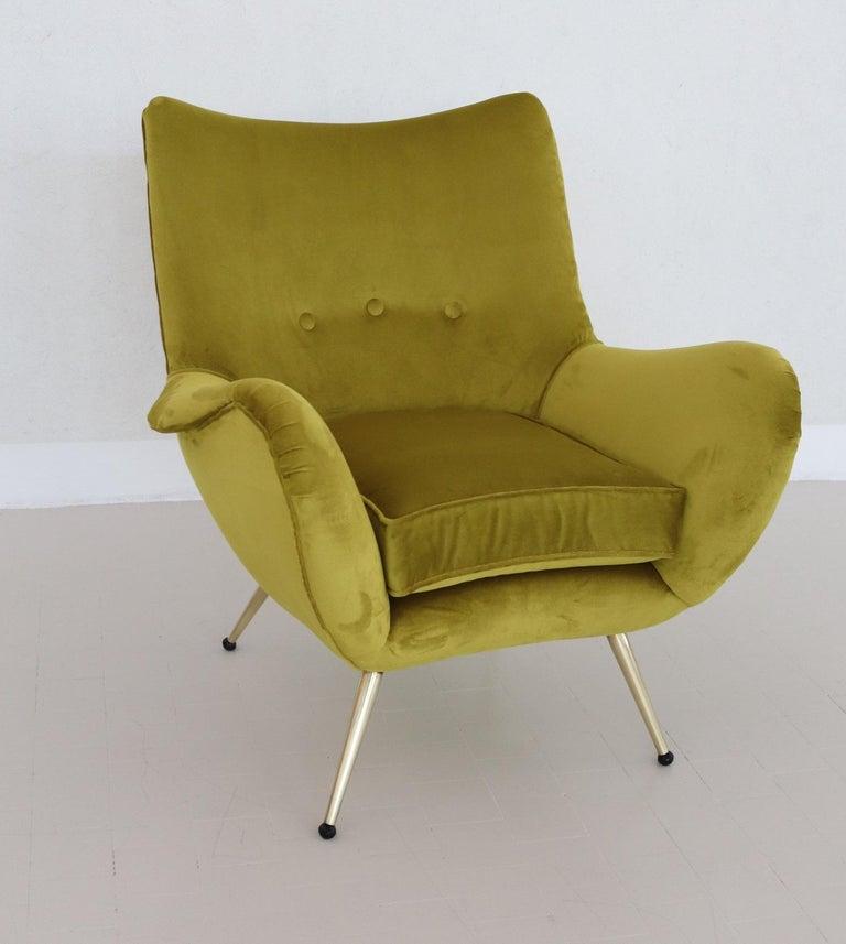 Italian Midcentury Armchair in Velvet and Brass, 1950s For Sale 14