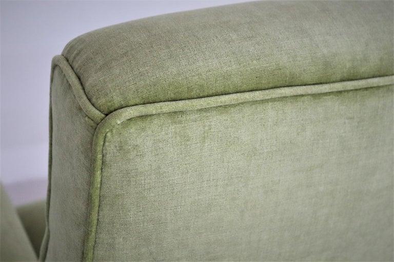 Italian Midcentury Armchairs Re-Upholstered in Green Velvet, 1960s For Sale 5