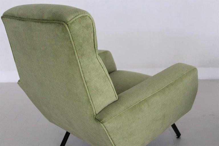 Italian Midcentury Armchairs Re-Upholstered in Green Velvet, 1960s For Sale 6