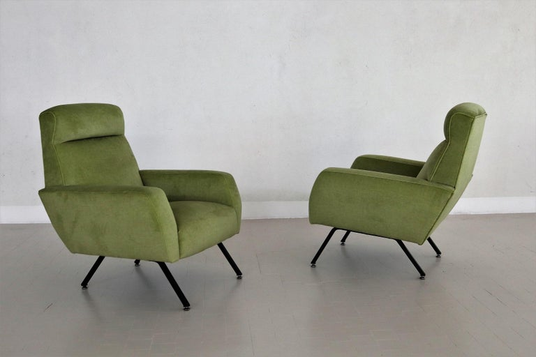Mid-20th Century Italian Midcentury Armchairs Re-Upholstered in Green Velvet, 1960s For Sale