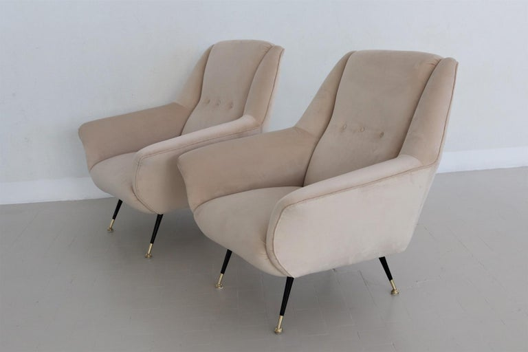 Mid-20th Century Italian Midcentury Armchairs Restored in Beige Soft Velvet and Brass, 1950s For Sale