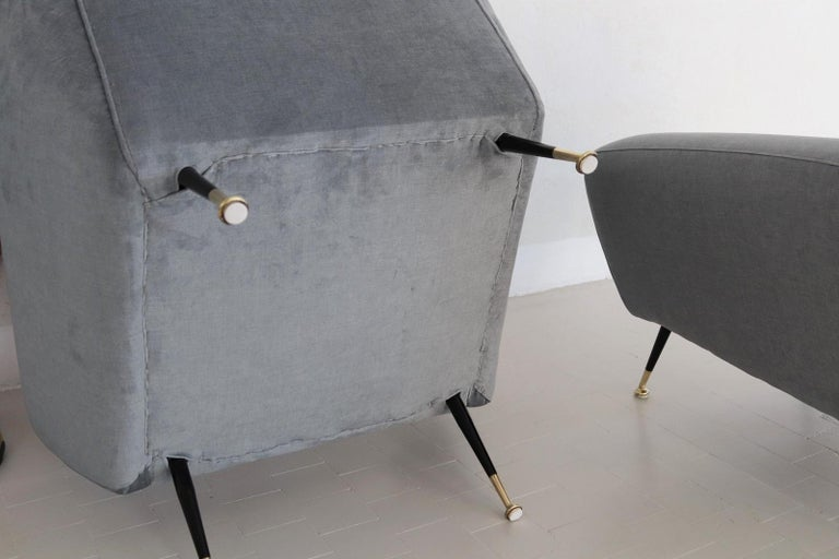 Italian Midcentury Armchairs restored in Pale Blue Grey Velvet, 1950s For Sale 7
