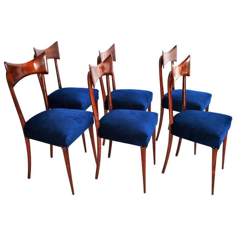 Italian Midcentury Beechwood Dining Chairs Restored in Blue Velvet, 1950s For Sale
