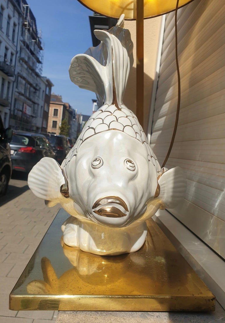 Italian Midcentury Big Ceramic Fish Lamp with Brass Details, 1970s For Sale 8