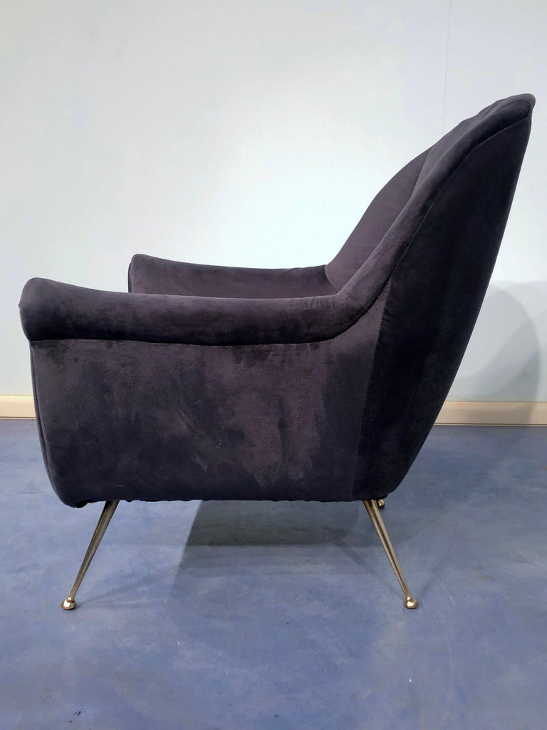Pair of Italian Midcentury Midnight Blue Velvet Armchairs, Gio Ponti Style 1950s For Sale 7