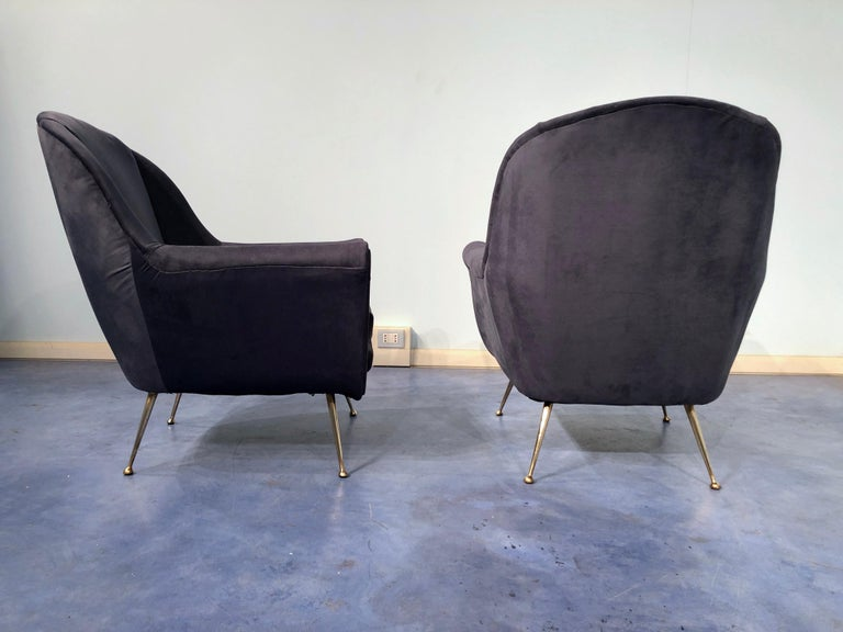Mid-20th Century Pair of Italian Midcentury Midnight Blue Velvet Armchairs, Gio Ponti Style 1950s For Sale