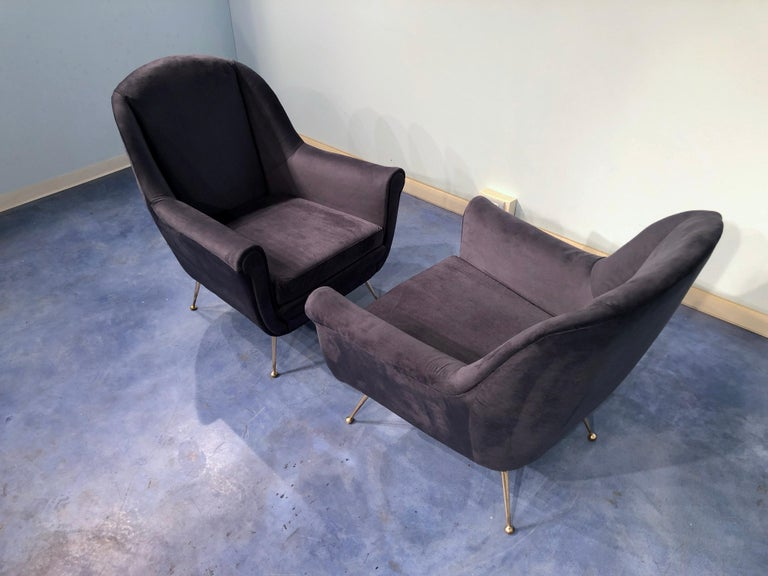 Pair of Italian Midcentury Midnight Blue Velvet Armchairs, Gio Ponti Style 1950s For Sale 2