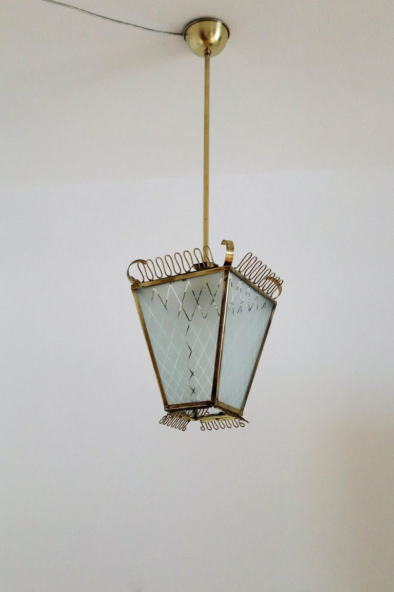 Italian Midcentury Brass and Glass Lantern or Pendant Lamp, 1950 For Sale 9
