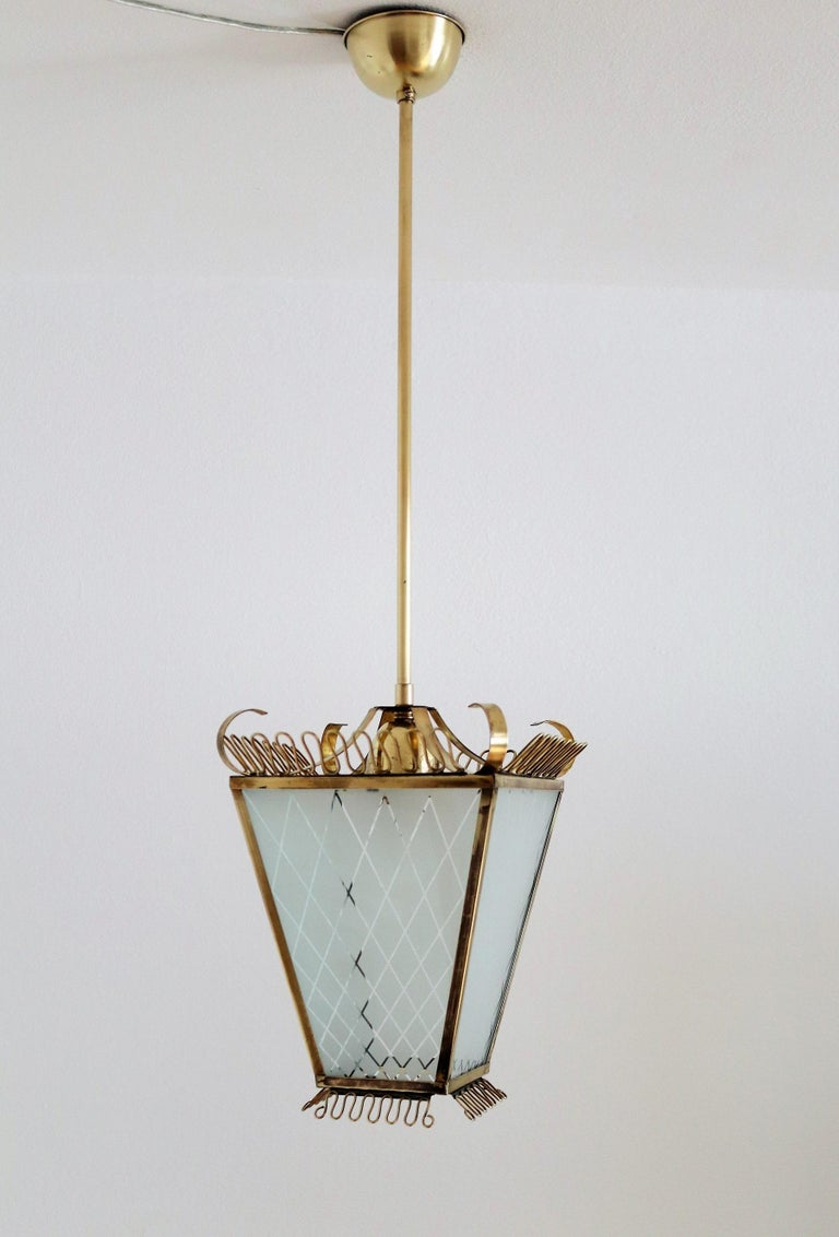 Mid-20th Century Italian Midcentury Brass and Glass Lantern or Pendant Lamp, 1950 For Sale