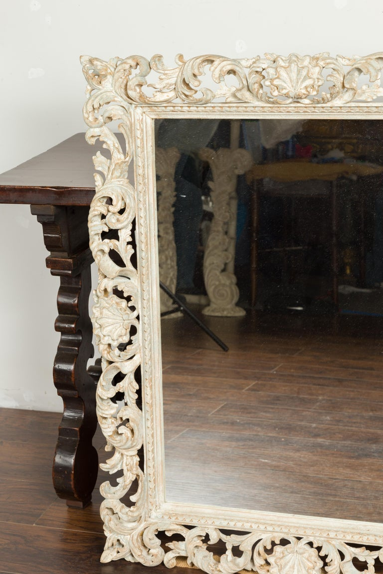20th Century Italian Midcentury Carved Mirror with Scrolling Acanthus Leaves and Shell Motifs For Sale