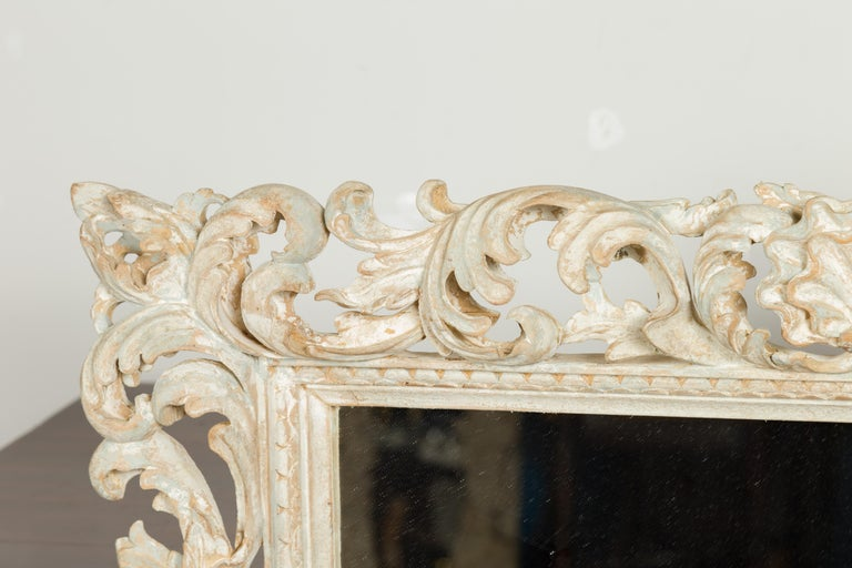 Italian Midcentury Carved Mirror with Scrolling Acanthus Leaves and Shell Motifs For Sale 3