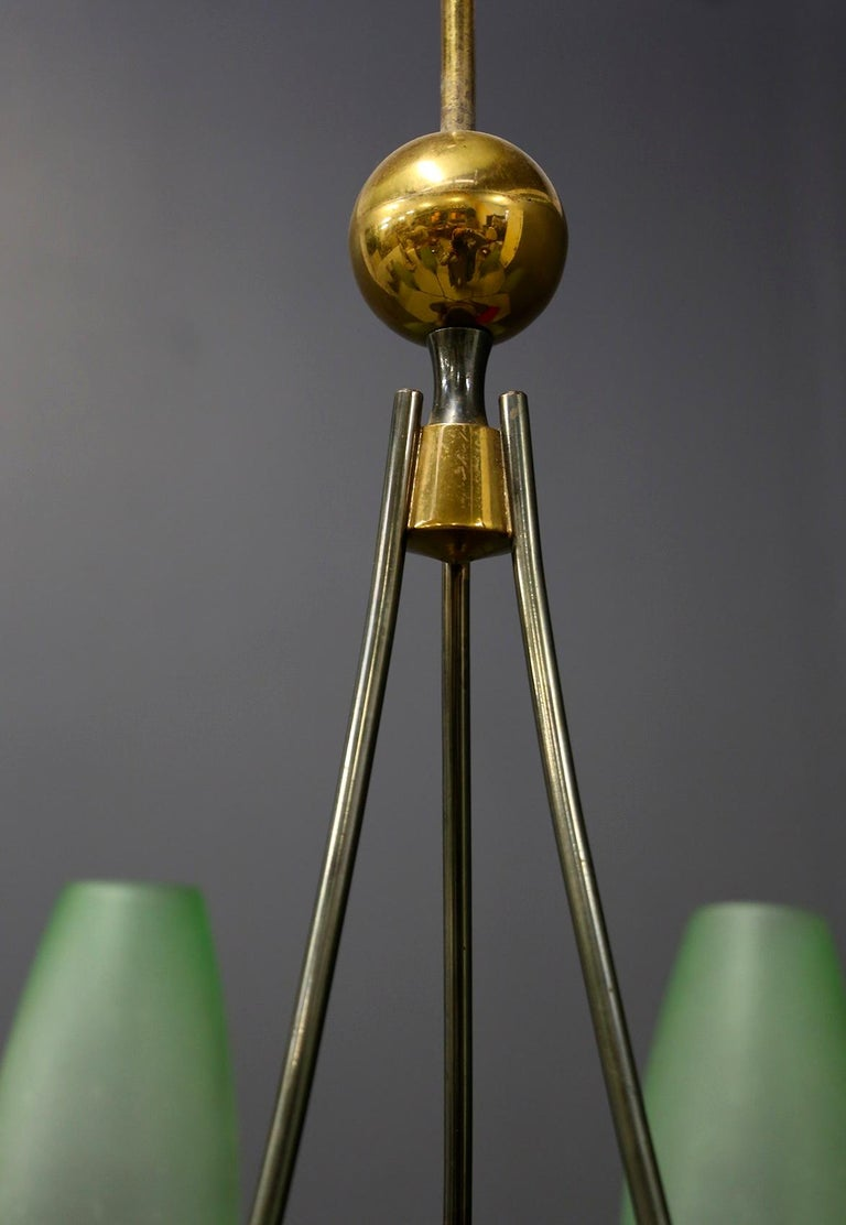 Italian Midcentury Chandelier in Brass and Murano Glass, 1950s For Sale 5