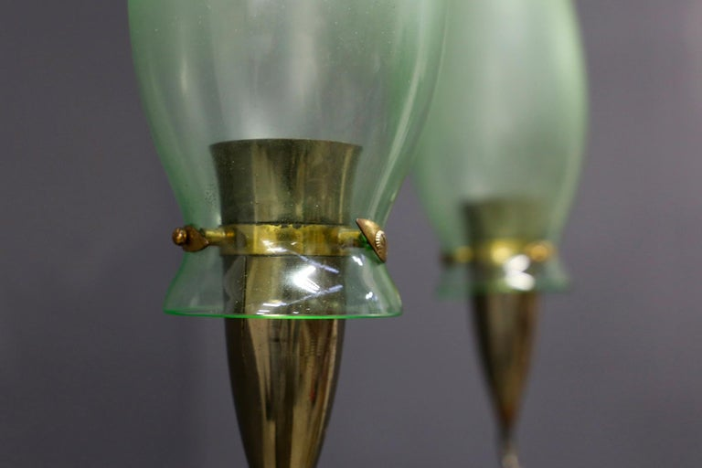 Italian Midcentury Chandelier in Brass and Murano Glass, 1950s For Sale 6