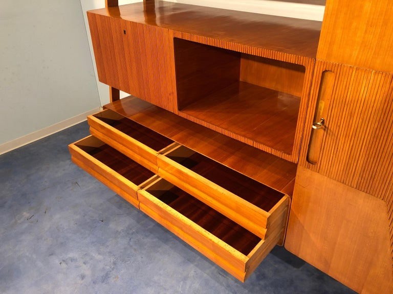 Italian Midcentury Cherrywood Sideboard Bookcase by La Permanente Cantù, 1950s For Sale 7