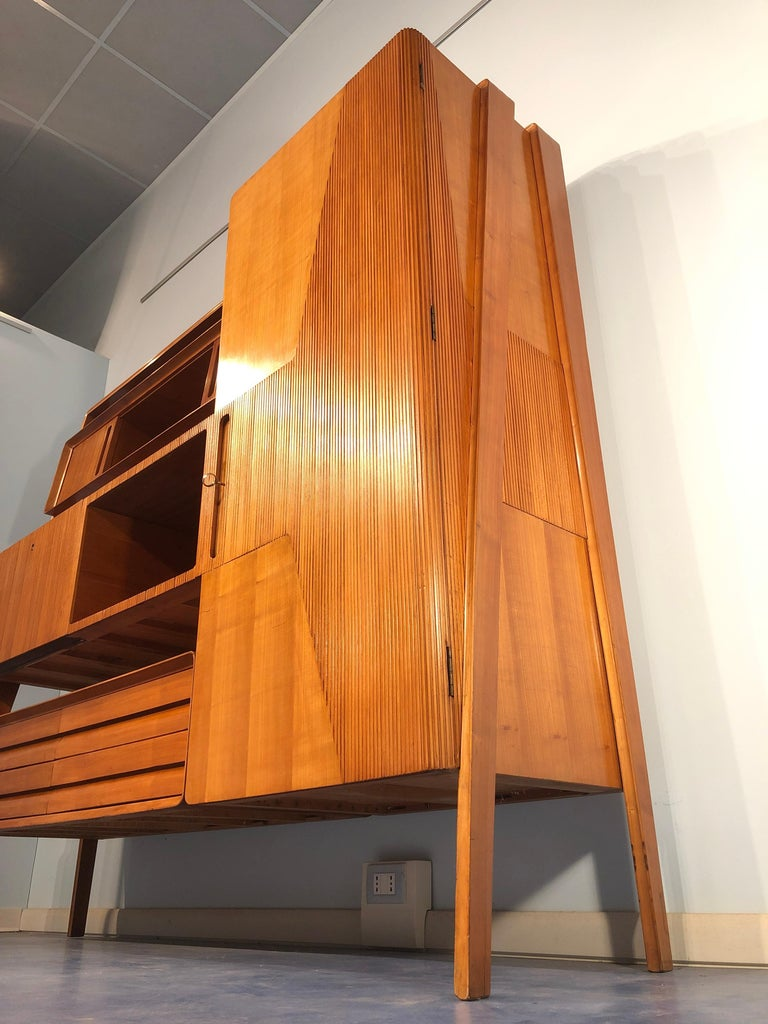 Italian Midcentury Cherrywood Sideboard Bookcase by La Permanente Cantù, 1950s For Sale 12