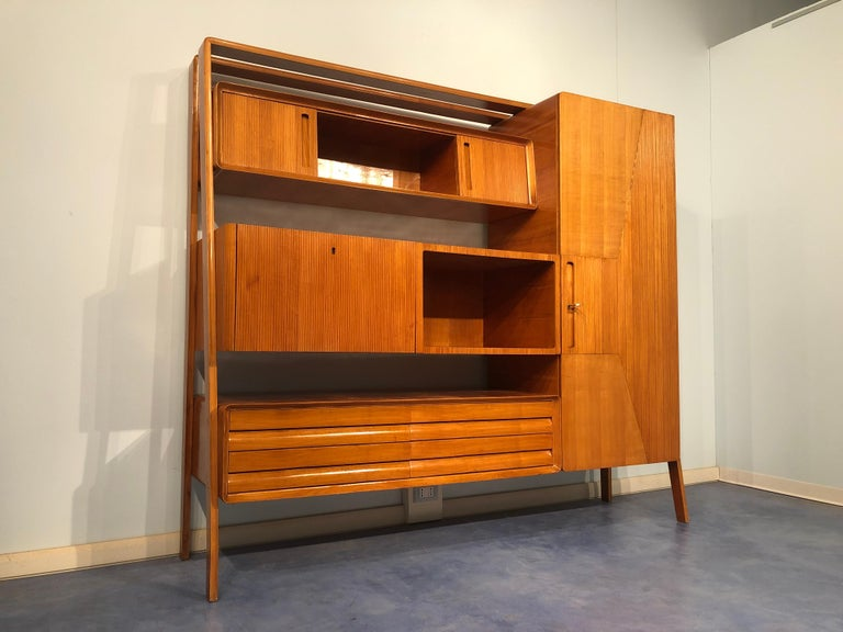 Italian Midcentury Cherrywood Sideboard Bookcase by La Permanente Cantù, 1950s In Good Condition For Sale In Traversetolo, IT