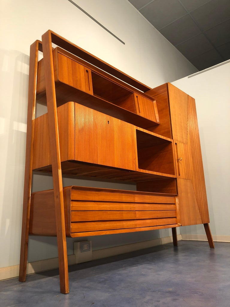 Italian Midcentury Cherrywood Sideboard Bookcase by La Permanente Cantù, 1950s For Sale 4