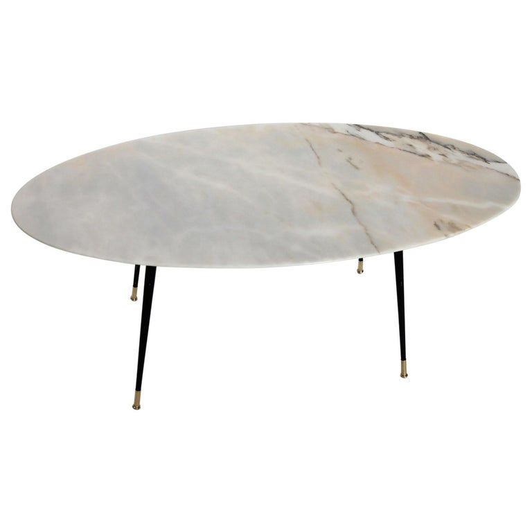 Italian Midcentury Coffee Table with Pink Marble and Stiletto Brass Feet, 1950s For Sale