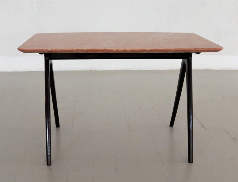 Metal Italian Midcentury Coffee Table with Pink Marble Top and Wooden Legs, 1950s For Sale