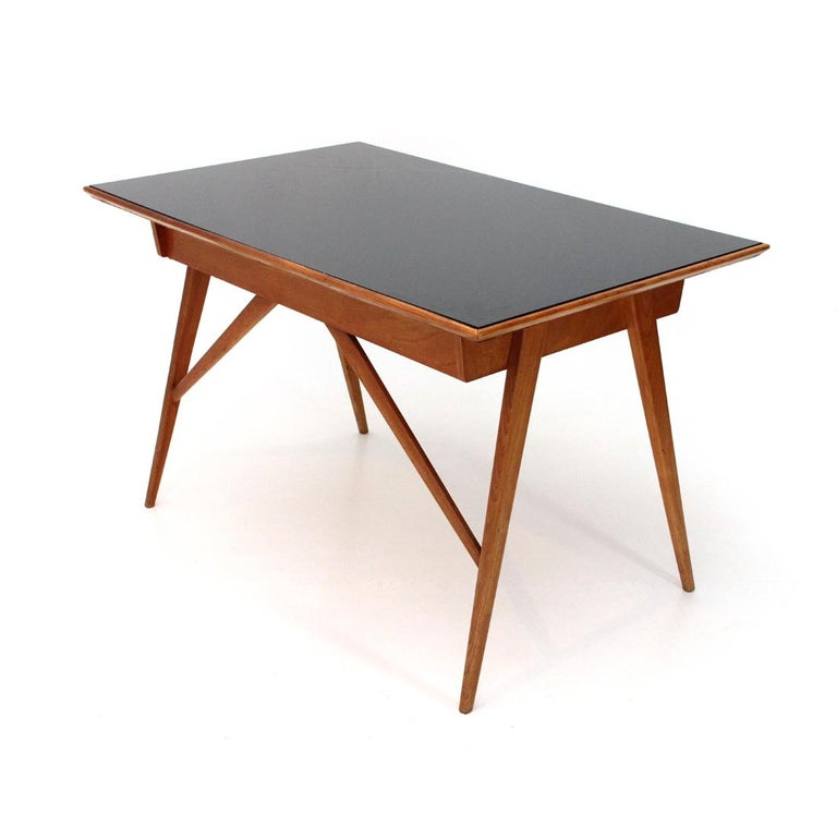 Italian Midcentury Desk with Black Glass Top, 1950s For Sale 1