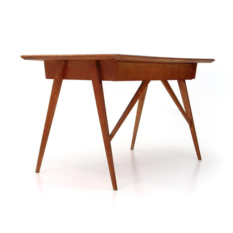 Italian Midcentury Desk with Black Glass Top, 1950s For Sale 3