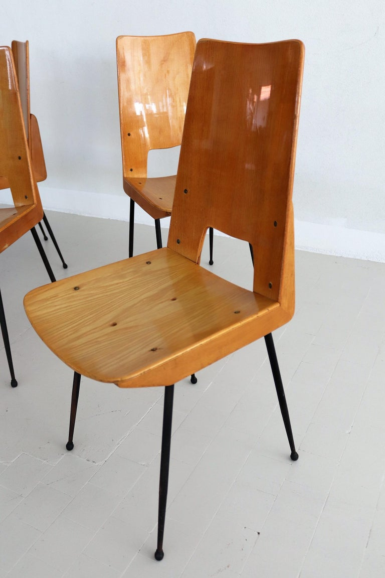 Italian Midcentury Dining Chairs by Carlo Ratti for Legni Curva, 1950s 2