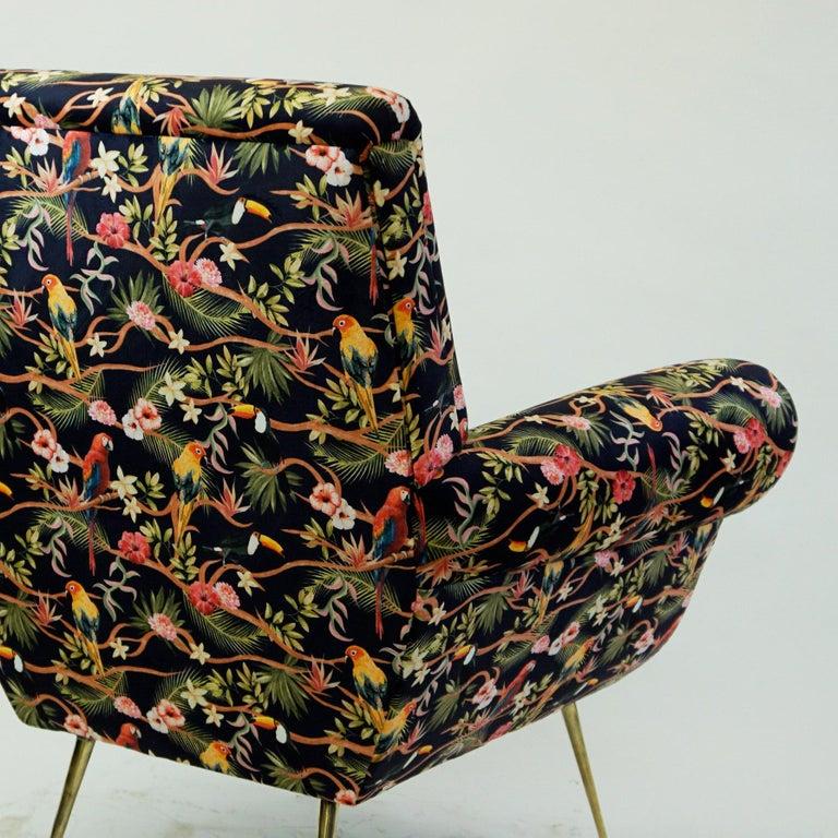 Italian Midcentury Floral Black Velvet Armchair by Gigi Radice for Minotti For Sale 10