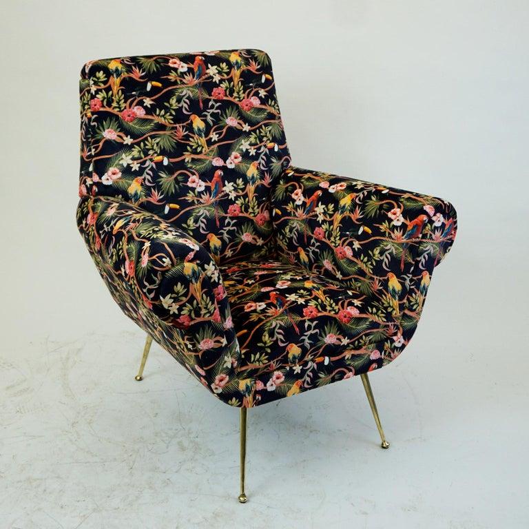Italian Midcentury Floral Black Velvet Armchair by Gigi Radice for Minotti For Sale 2