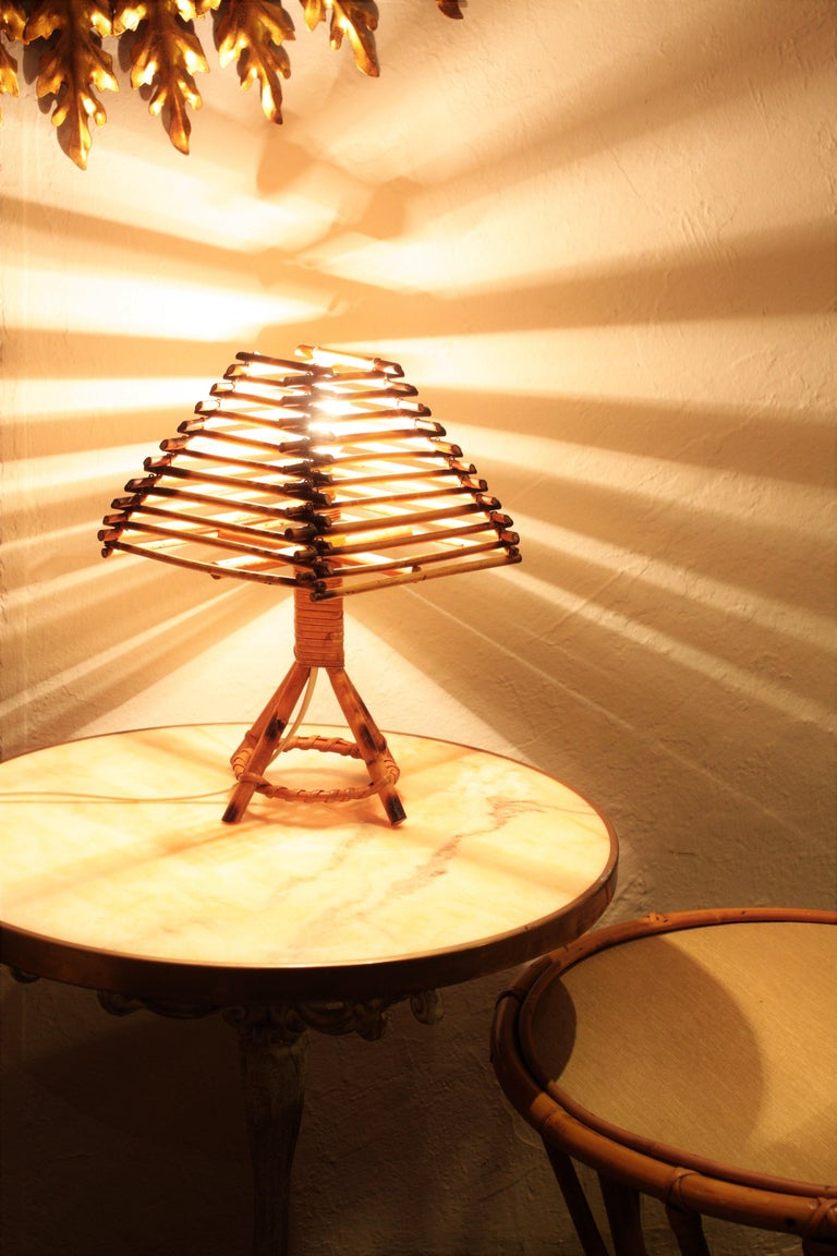 Franco Albini Style Rattan Table Lamp, Italy, 1960s In Excellent Condition For Sale In Barcelona, ES