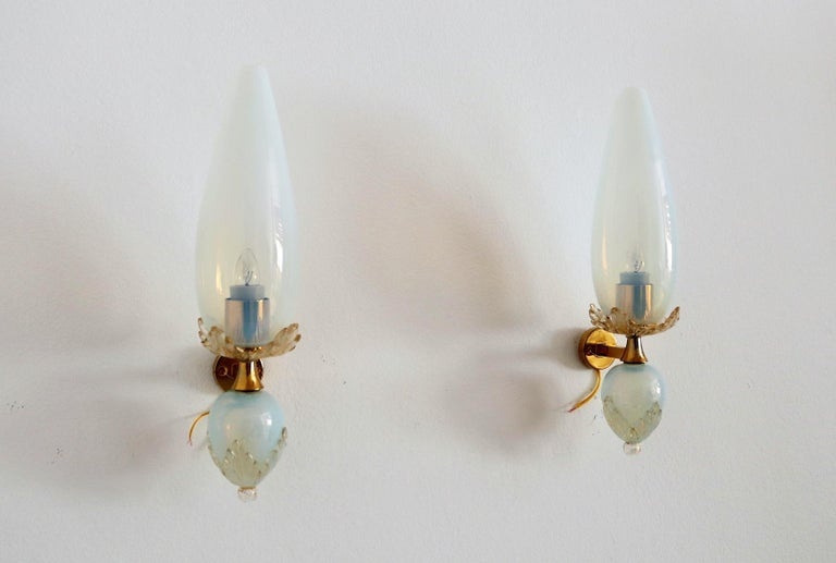 Late 20th Century Italian Midcentury Handcrafted Opaline Murano Glass Wall Sconces by Venini 1970s
