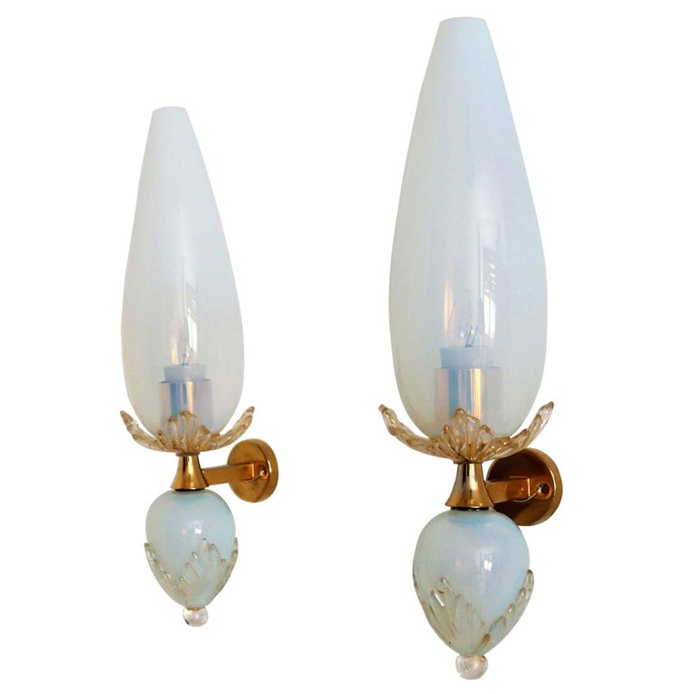 Italian Midcentury Handcrafted Opaline Murano Glass Wall Sconces by Venini 1970s