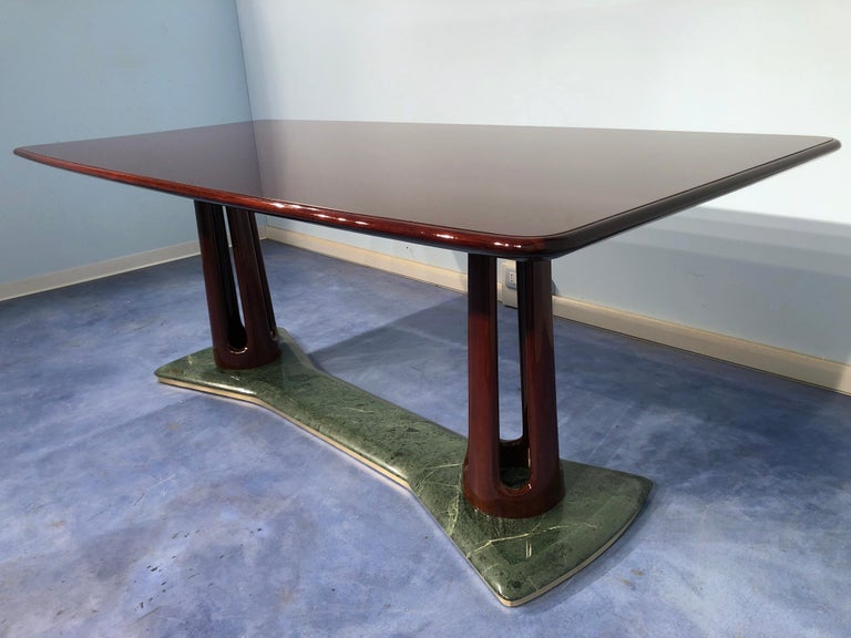 Italian Midcentury Mahogany and Marble Dining Table by Vittorio Dassi For Sale 5